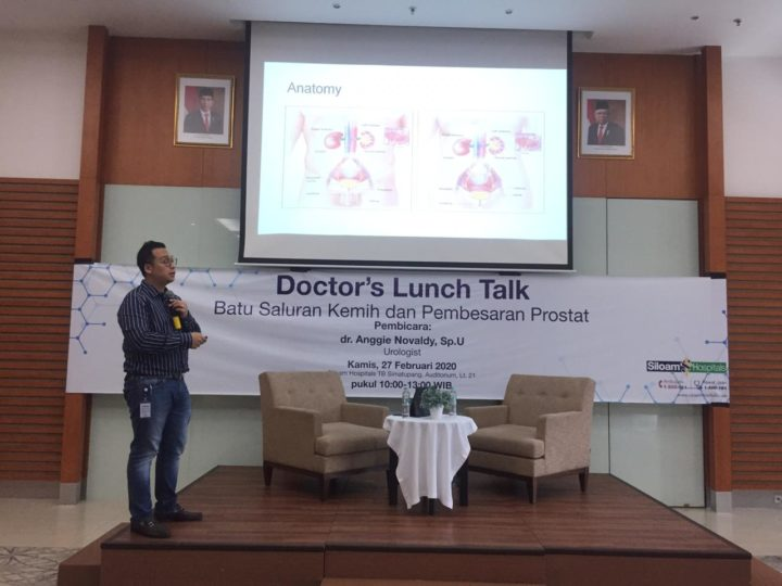 Siloam Hospitals TB Simatupang Gelar Doctor's Lunch Talk With dr. Anggie Novaldy, Sp. U